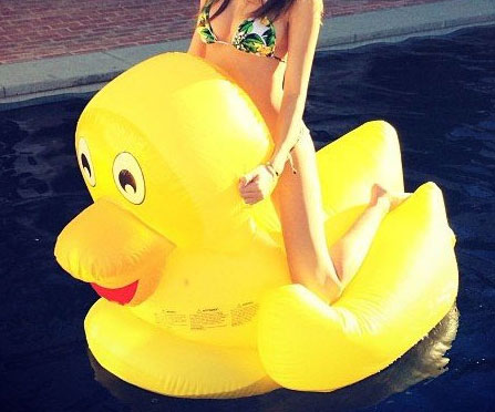 Giant Rubber Duck For Pools